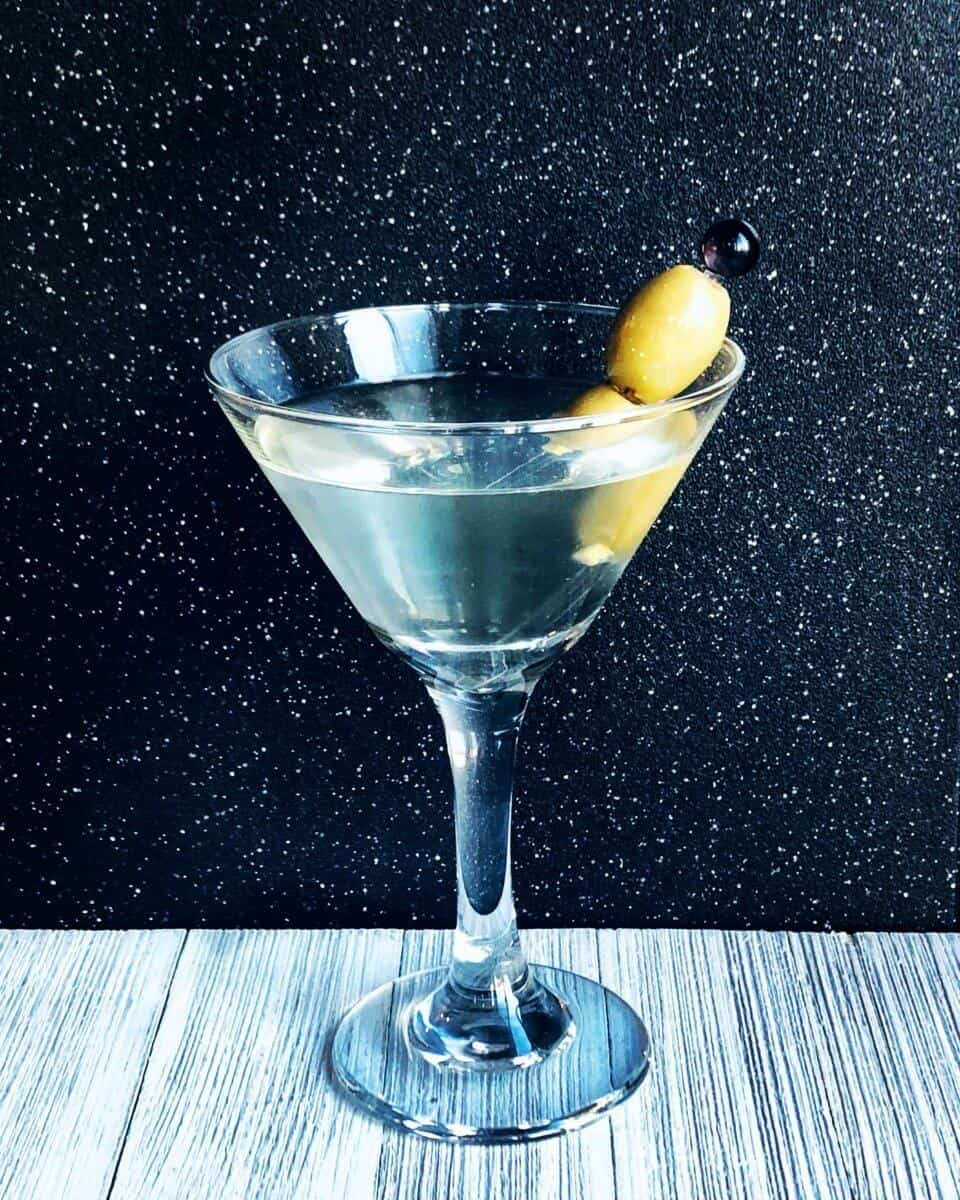 Photo-2018-09-24-5-25-48-PM How to Make a Dirty Martini