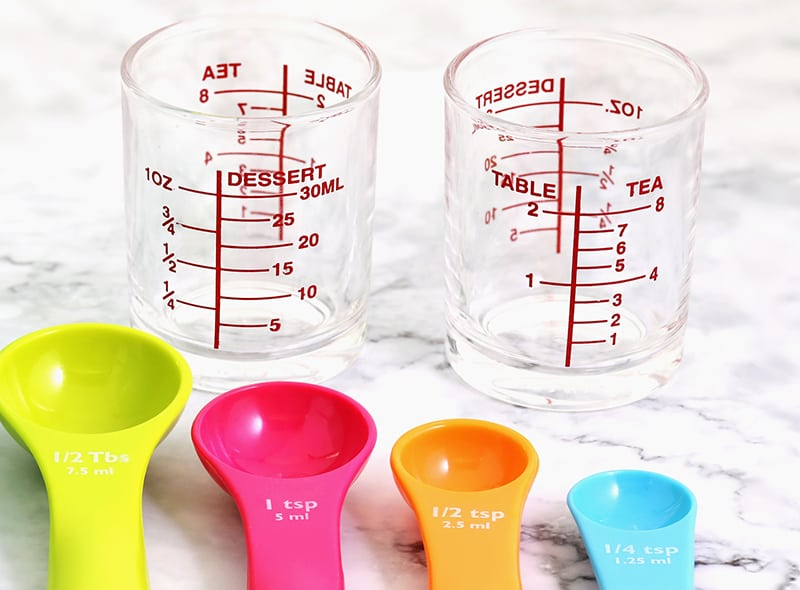 measuring cups for tablespoons and ounces