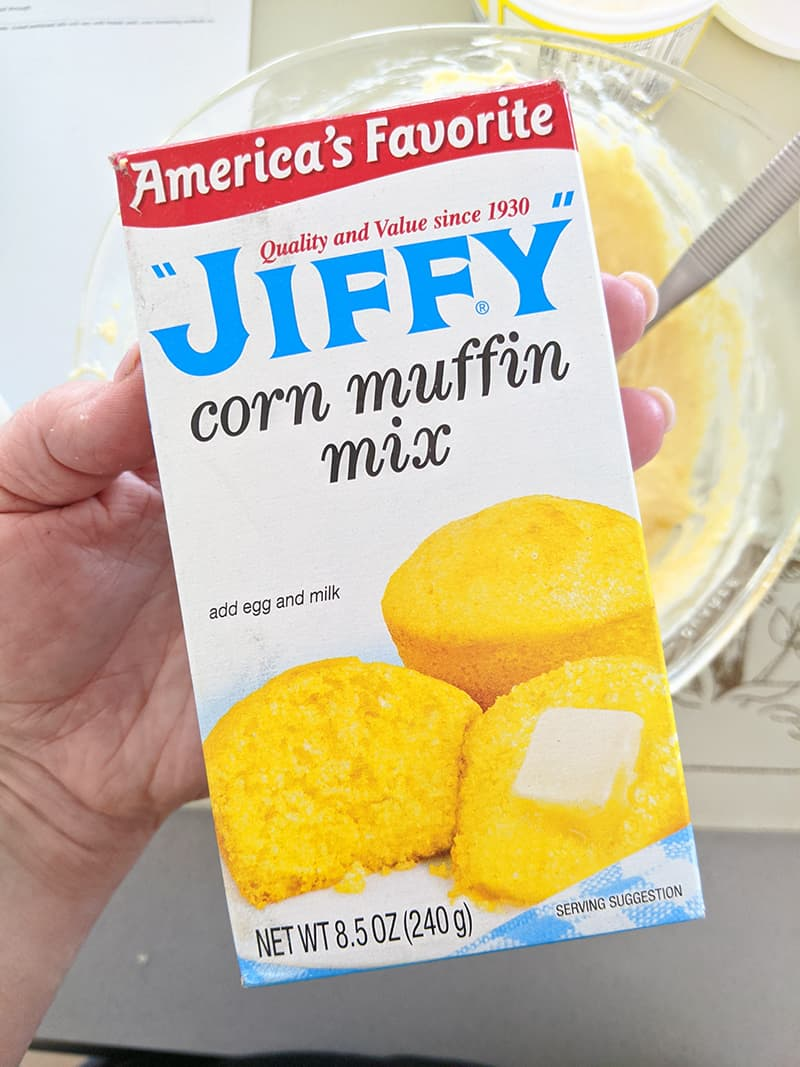 close up box of Jiffy corn muffin mix