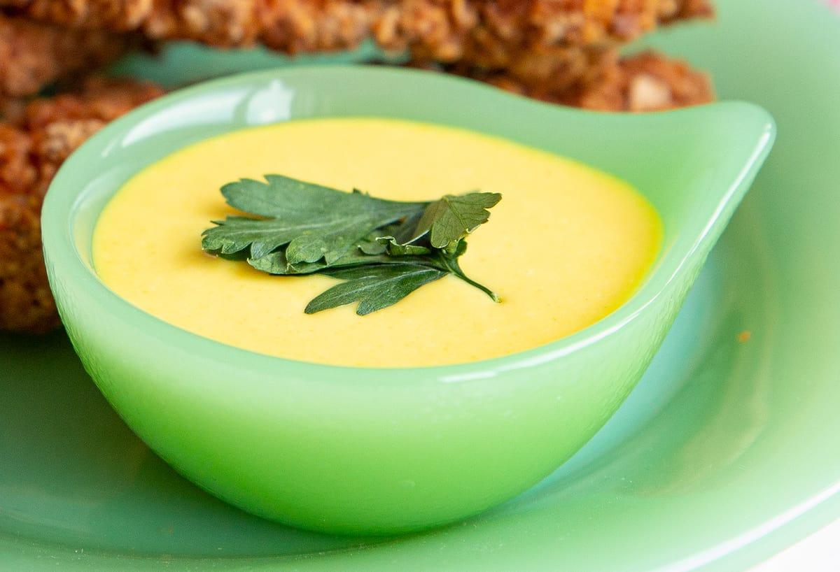 jadeite sauce dish