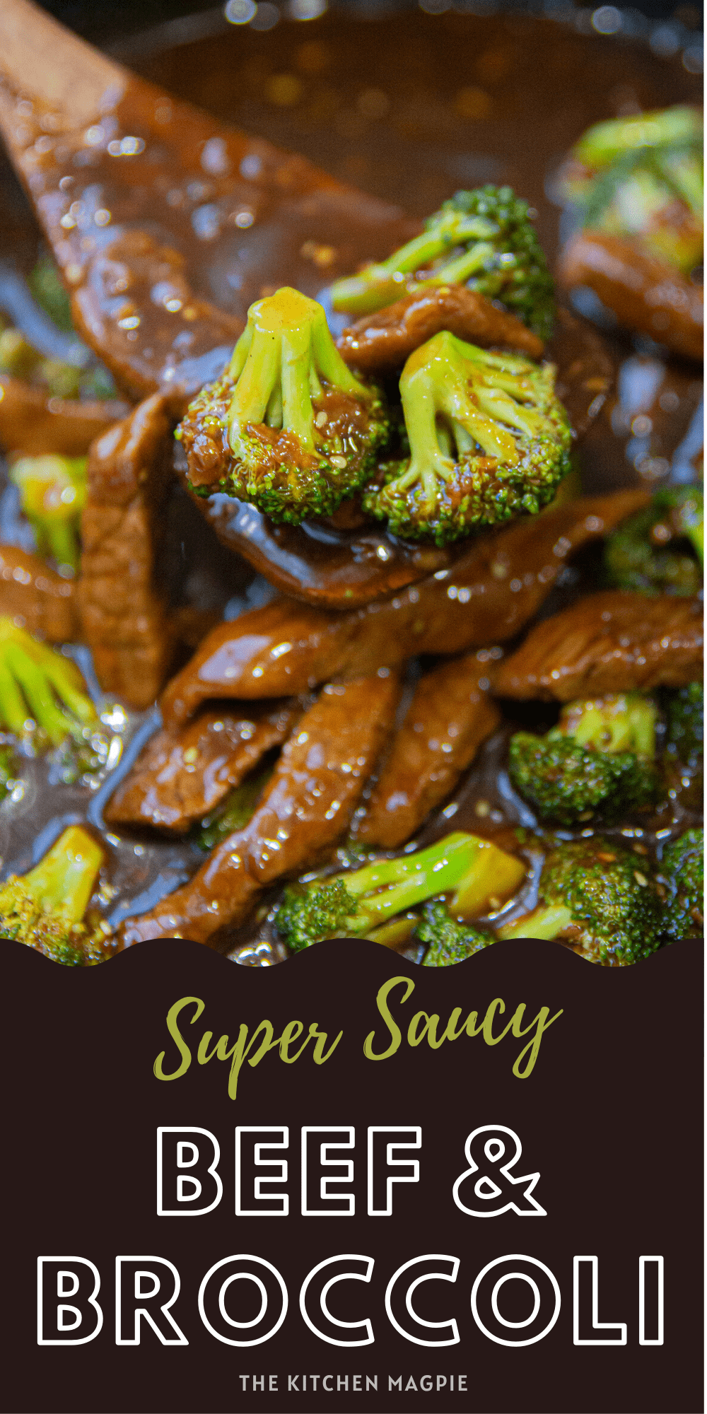 This delicious beef and broccoli dinner is made in mere minutes, lots of extra homemade stir fry sauce and fresh broccoli! ! Serve over rice for the perfect healthy dinner!