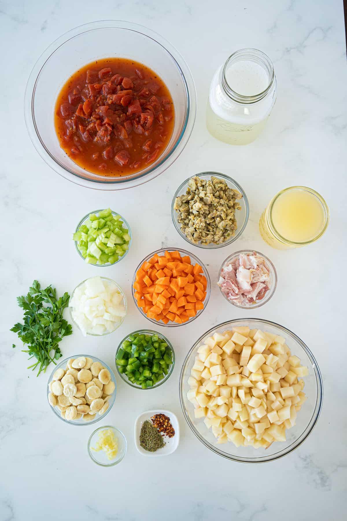 Manhattan Clam Chowder ingredients