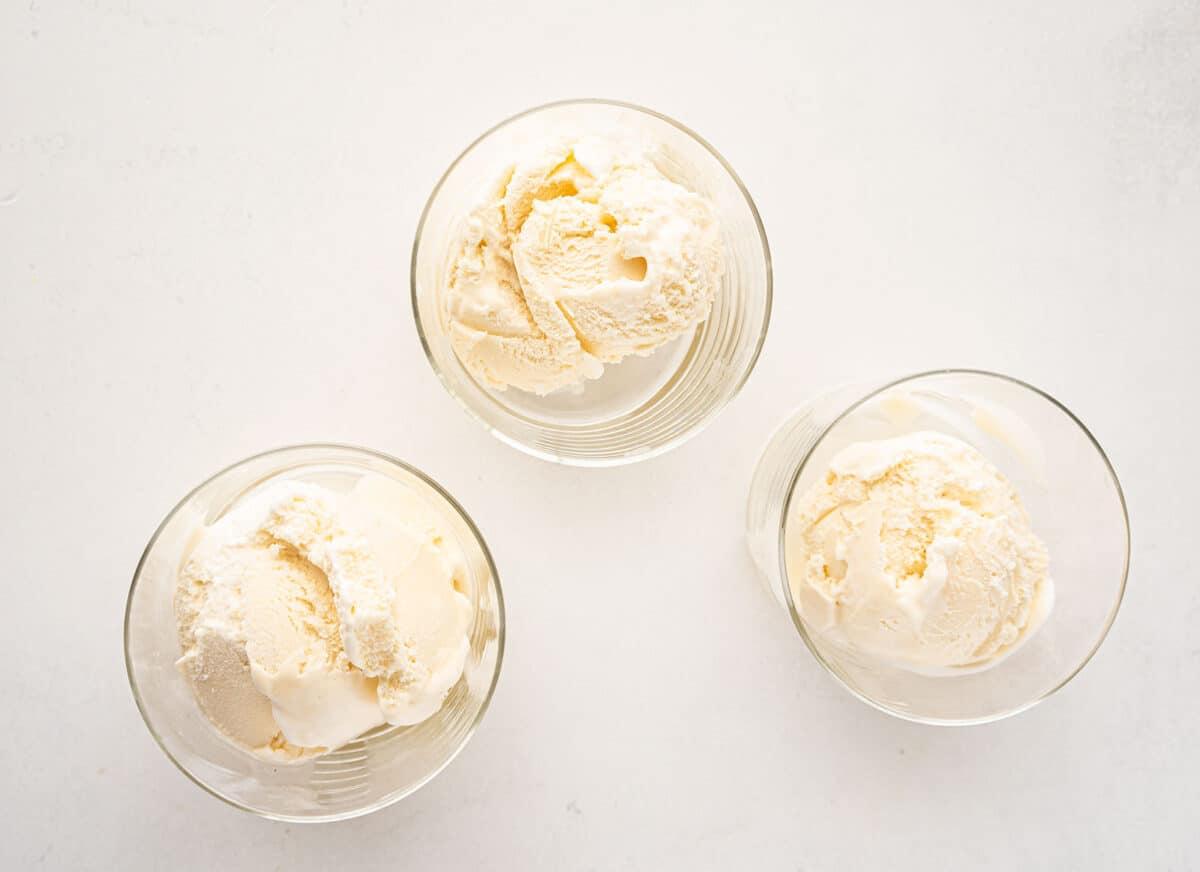 vanilla ice cream in compotes