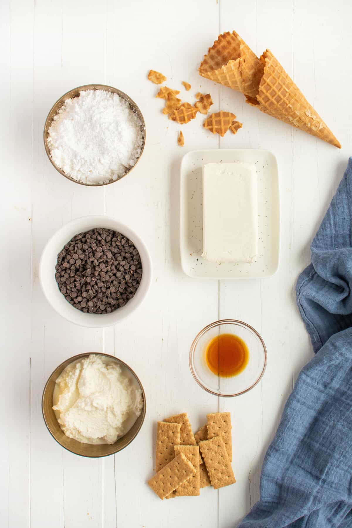 ingredients for cannoli dip