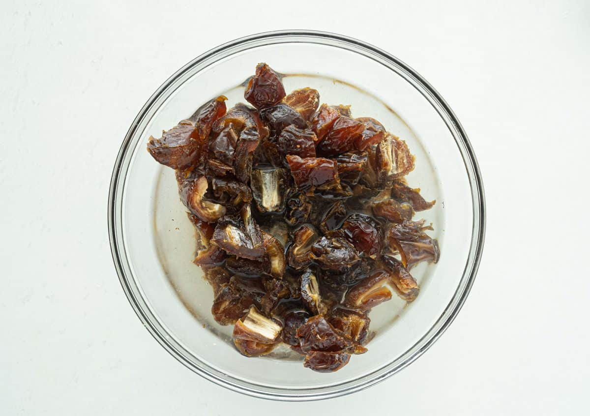 dates in boiling water