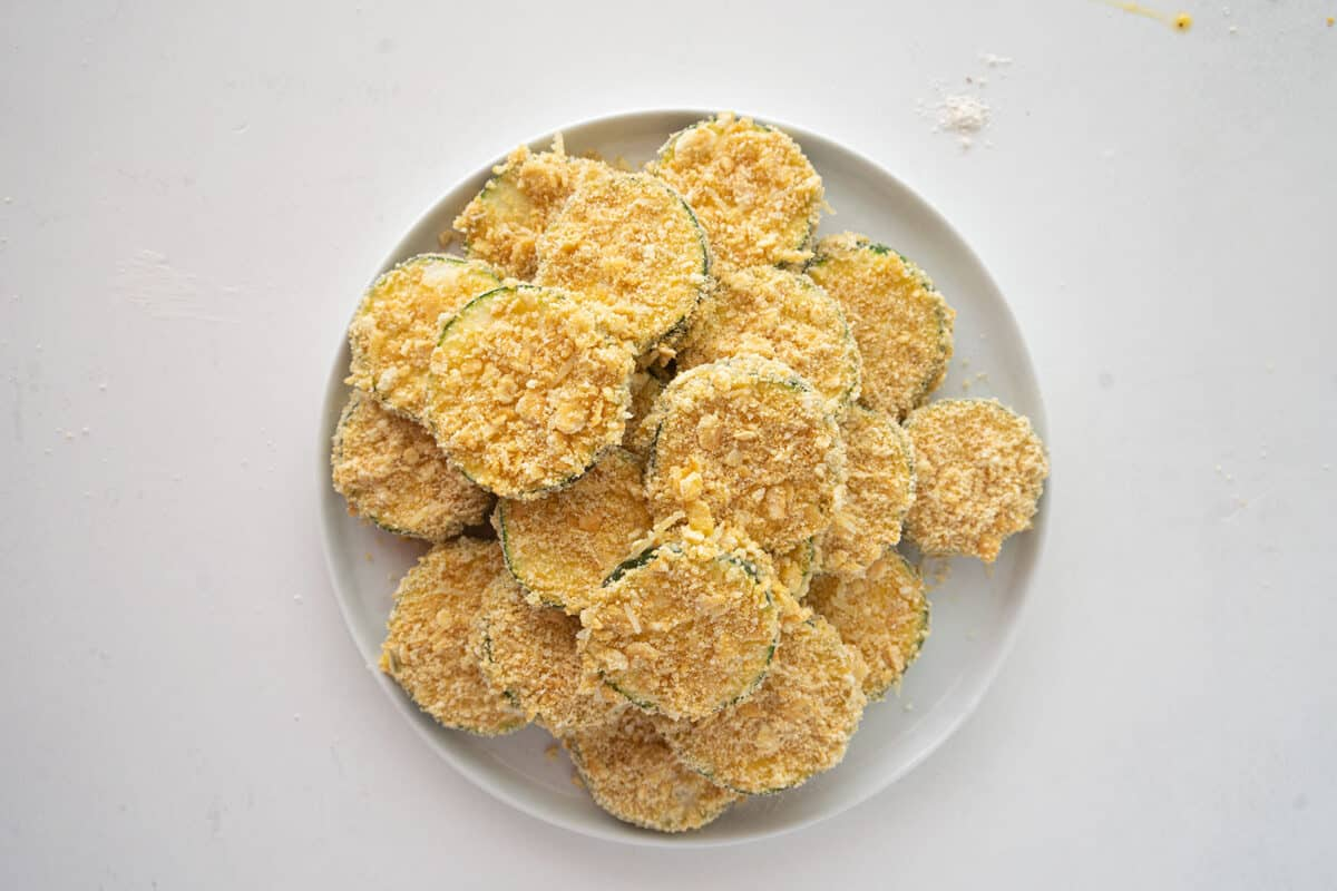 battered zucchini on a plate